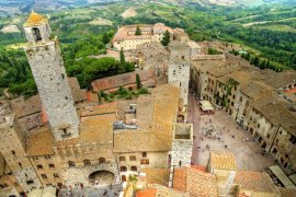 San Gimignano, Siena & Chianti.Visit the Chianti Region and Enjoy a Wine Tasting and Lunch in a Winery