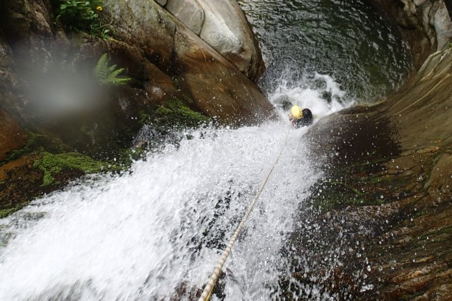 Canyoning in Valsesia lungo il torrente Sorba